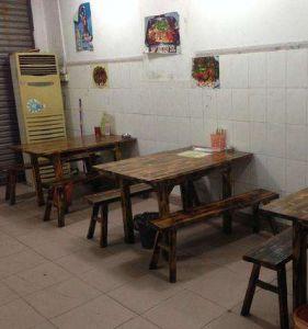 武汉饭店桌椅回收,饭店设备回收