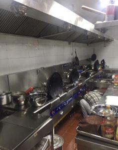 武汉回收厨房设备,灶台冰柜,二手蒸饭箱回收